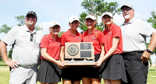 Estelline-Hendricks won the team championship in the state Class B high school girls golf tournament that concluded Tuesday at the Edgebrook Golf Course in Brookings. Pictured from left are assistant coach Tom Olson, Sadie Johnson, Jesade Siverson, Kaylee Johnson, Rachel Hexum and head coach Craig Midtaune.