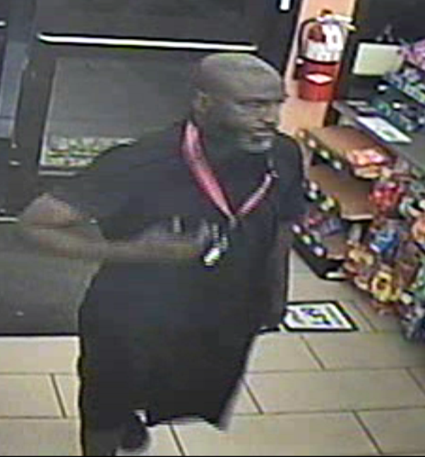 Fort Myers police looking for information on theft from 7-Eleven while clerk was unconscious 2
