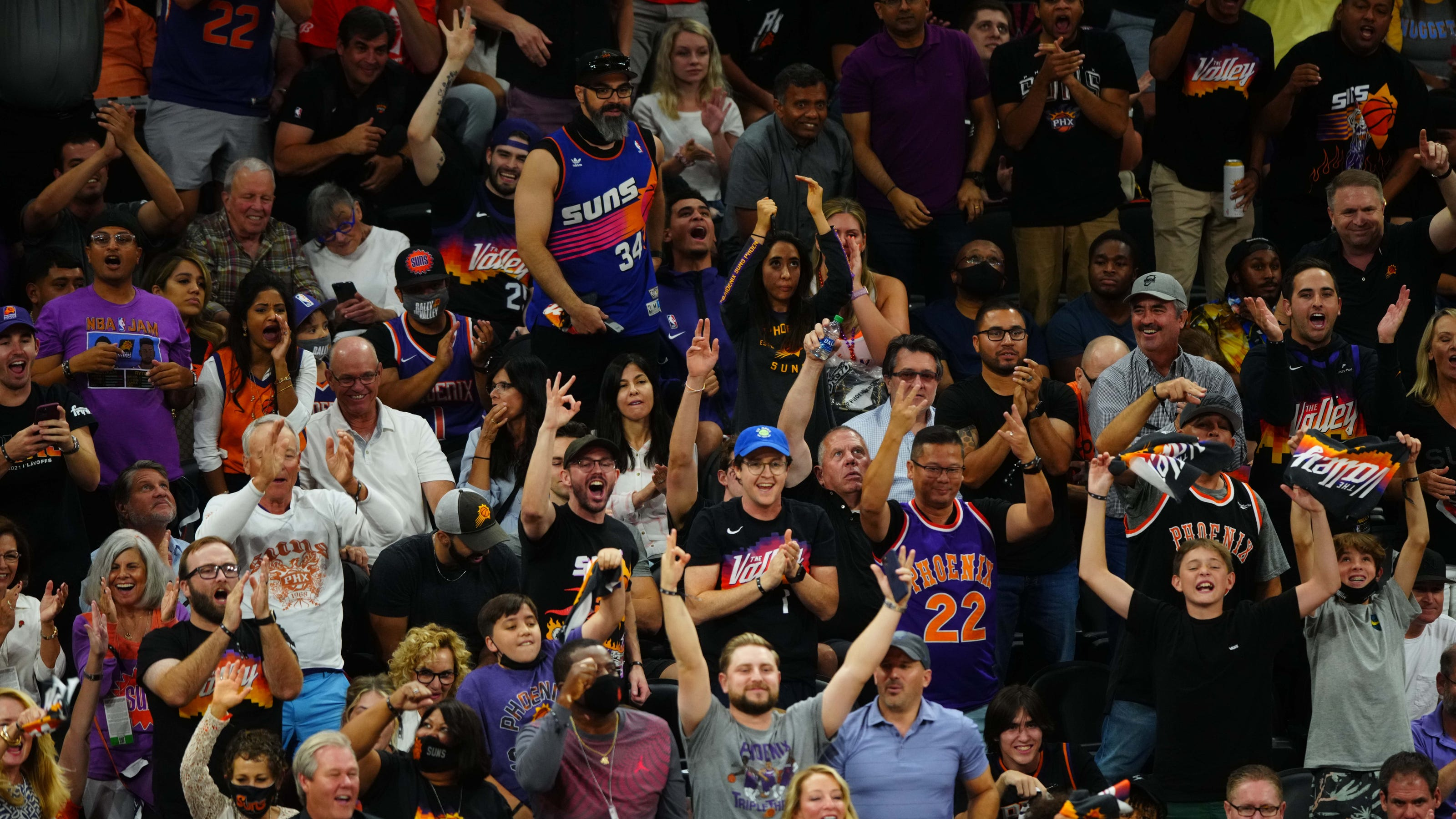 So you're newly all-in on the Phoenix Suns? Here's what you need to know to join the fun