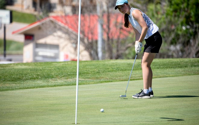 Sisseton senior Kelsey Heath putts on the first hole during the 2021 Girls' State A Golf Tournament at Spearfish Canyon Country Club on Tuesday in Spearfish.
