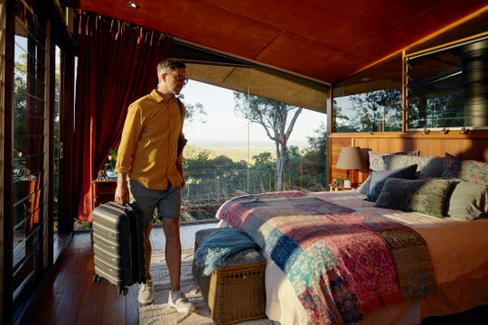 Participants in Live Anywhere on Airbnb travel between the lists from September to July 2022 with the short-term rental platform that covers the cost of accommodation and provides a transportation surcharge.