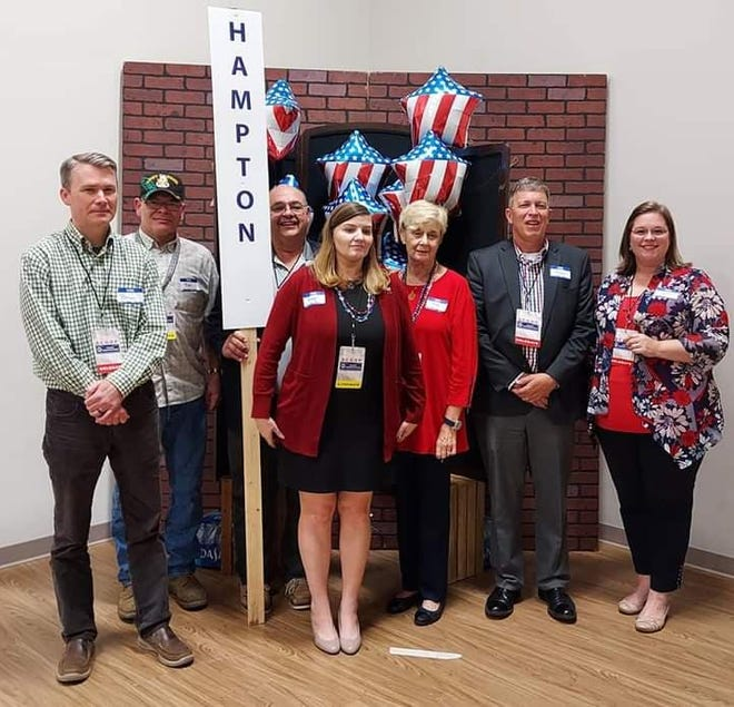 Members of the Hampton County Republican Party.