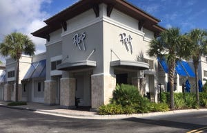 Roy's, a Hawaiian fusion fine dining restaurant at 2400 3rd Street S. in Jacksonville Beach, closed abruptly Saturday night after about 18 years in business, according to employees, city officials and customers.