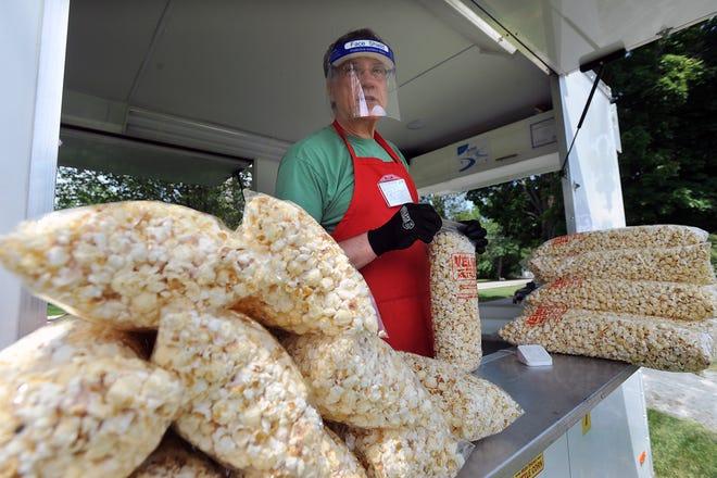 Eric Bickernick's Kettle Corn at the Framingham Farmers Market on the Village Green, June 10, 2021.