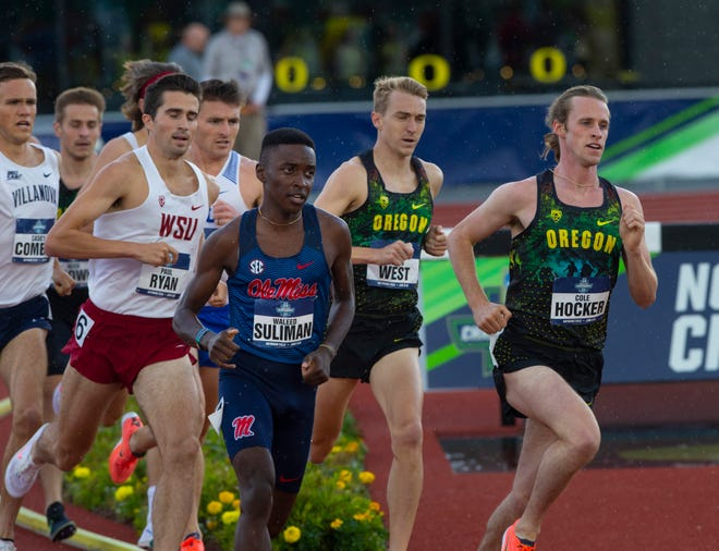 Oregon's Cole Hocker, right, is one of the favorite to win the men's 1,500 Friday at the NCAA Track and Field Championships at Hayward Field.
