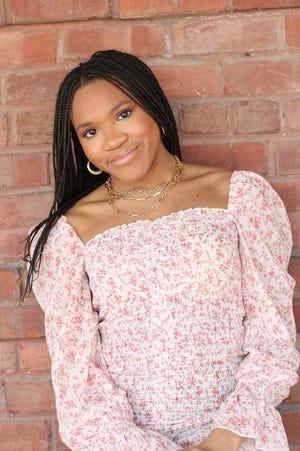 Gloria Okoroti is a 2021 Young American.