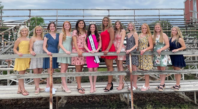Contestants for this year's Henry County Fair Queen are, from left:  Bradleigh Schaefer, Avery Noble, Rose Henderson, Taylor Burke, Ailynn Duarte, 2019 Miss Henry County Fair- Sierra Brown, Mitrese Smith, Hannah Pratt, Keagan Rico, Katie Noyd, Taylor Warner, Claire McLoone. Missing from the photo are Madison Lindsey and Lanie Marshall.