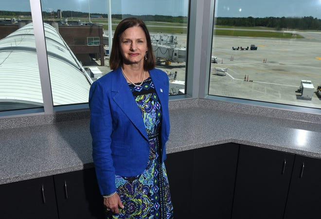 The New Hanover County Airport Authority unanimously voted Tuesday to not renew an employment contract for Julie Wilsey, the director of Wilmington International Airport.