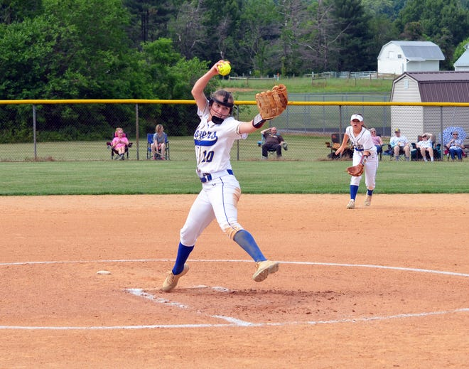 Clear Spring's Sarah Greenlee pitches against Hancock in the 1A West Region II semifinals Wednesday.
