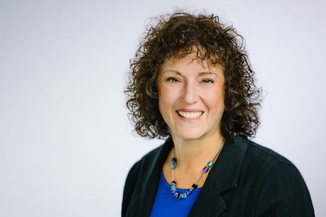The Greater Boston Food Bank recently added two new members to their board of directors, including Needham resident Marci Sindell.
