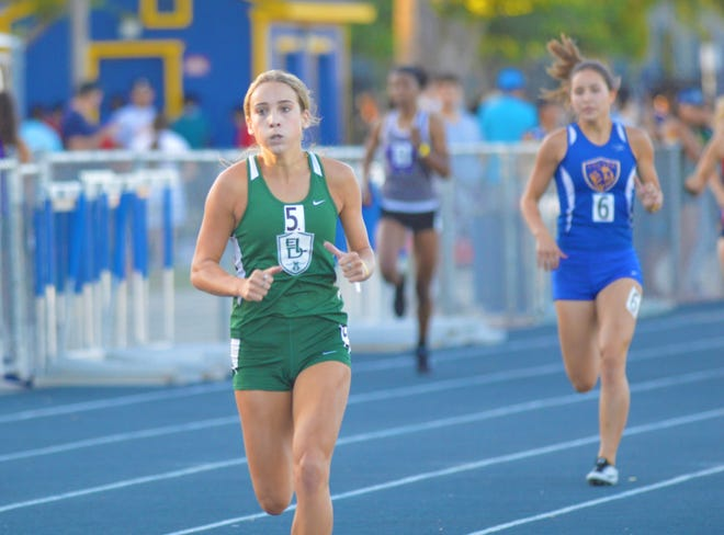 El Diamante's Isabella Flores wins the 200 meters on June 9, 2021 at the Central Section East Area track and field meet.