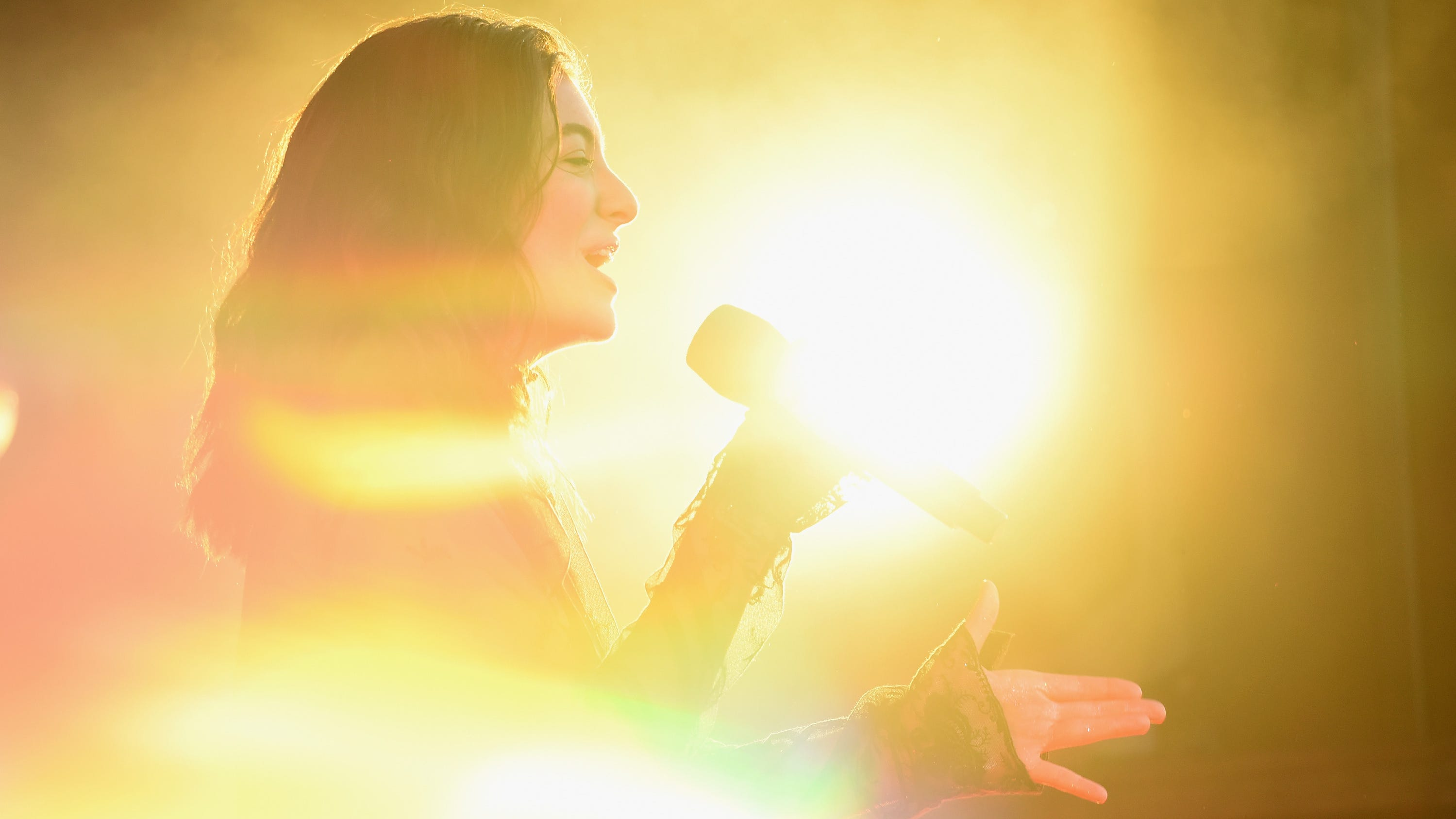 Lorde returns with new summer anthem, 'Solar Power': Watch ...