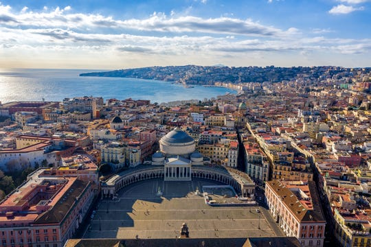 Italy announced that Americans can enter and circumvent quarantine with a negative COVID test taken no more than 48 hours before entry;  vaccinated travelers are not exempt from the test requirements.