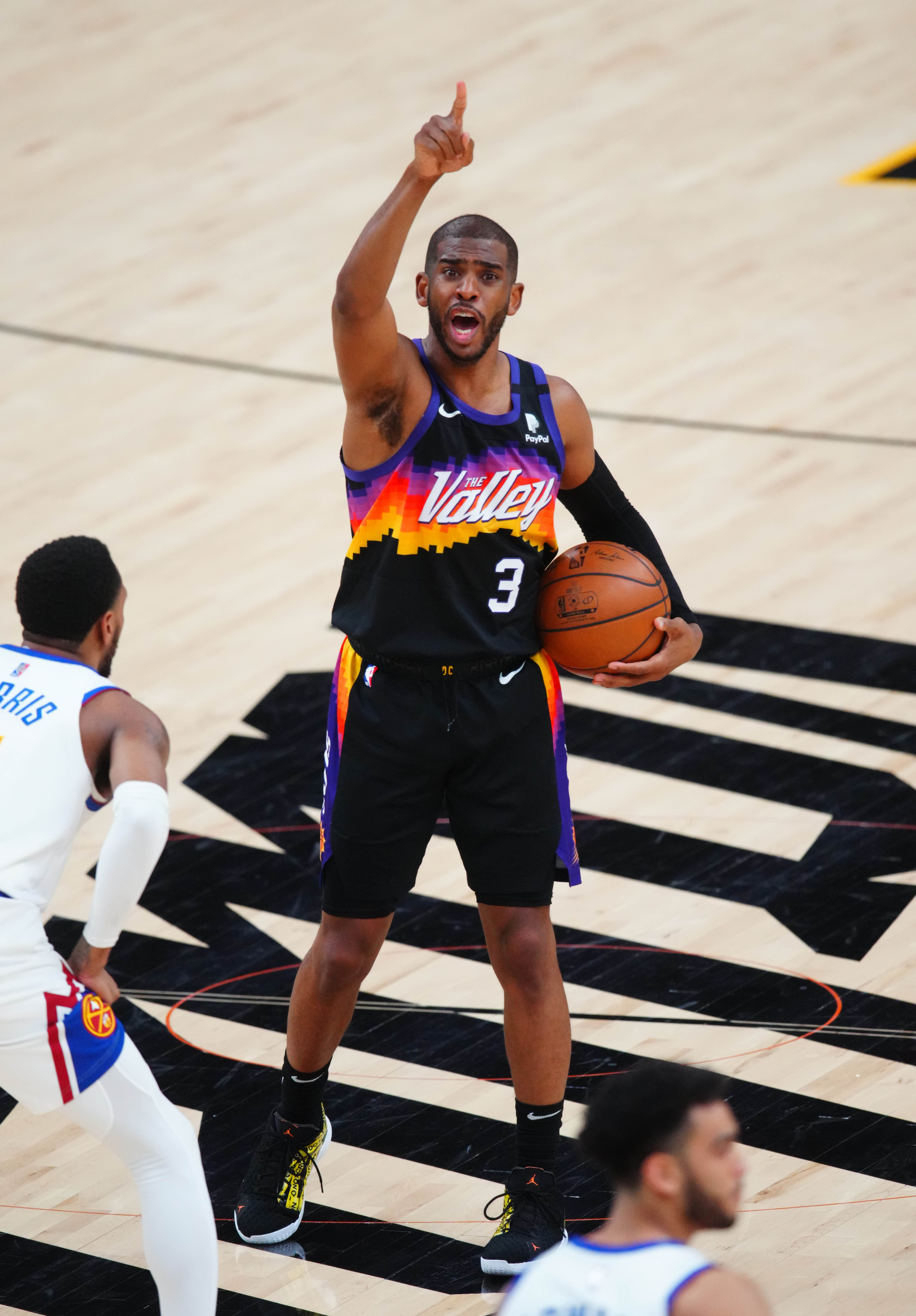Suns' Chris Paul to enter COVID-19 protocols, status for Western Conference finals uncertain