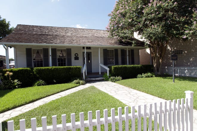 The Palm House Museum at 212 East Main Street in downtown Round Rock is closing, and those with items on loan to the museum are asked to reclaim them.