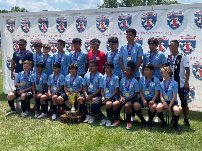 Holland Rovers FC U14 team celebrating their State Cup victory