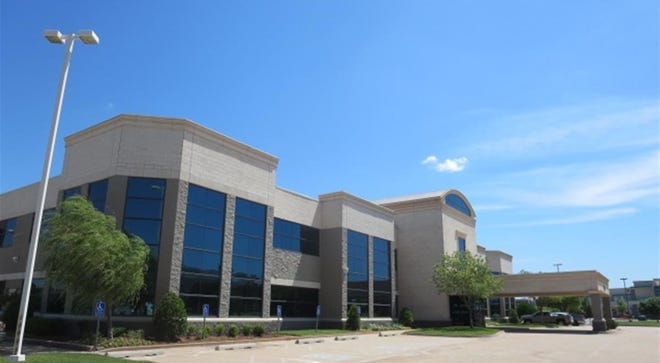Associated Mortgage Co. paid 929 Villas LLC $6.9 million for a 41,922-square-foot office building at 3121 Quail Springs Parkway, in a transaction by Price Edwards & Co.