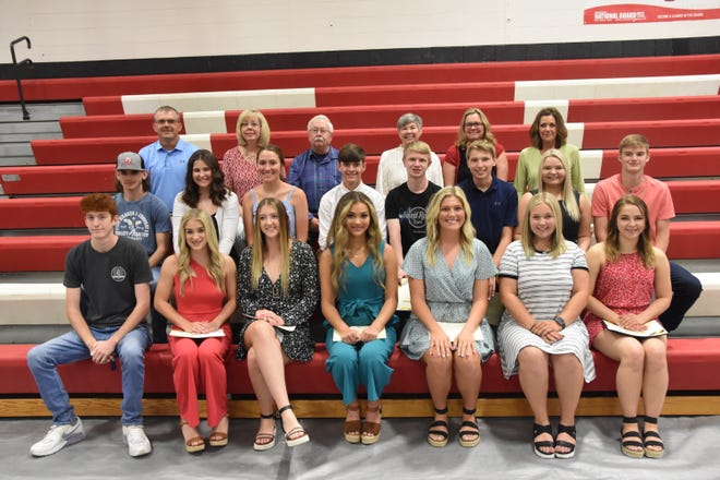 Graduating seniors from Belle High School who received scholarships through the Maries County R2 Schools Foundation pose in the first two rows with members of the Maries County R2 School Foundation and members of the MRCF board on the top row. Front Row: Brandon Ostertag, Gracie Schultz, Chloe Krause, Kenzi Centroute, Halle Smith, Maddie Long and Mikae Lough. Second Row: Caleb Miller, Rose Baxter, Olivia Sanders, Lane Feeler, Dillon Rice, Brayden Tipton, Keleigh Guinn and Gentry Dunn. Third Row: Chris Feeler, Bonnie Prigge, Steve Vogt, Jan Sassmann, Tasha Busch and Vicki Nelson.