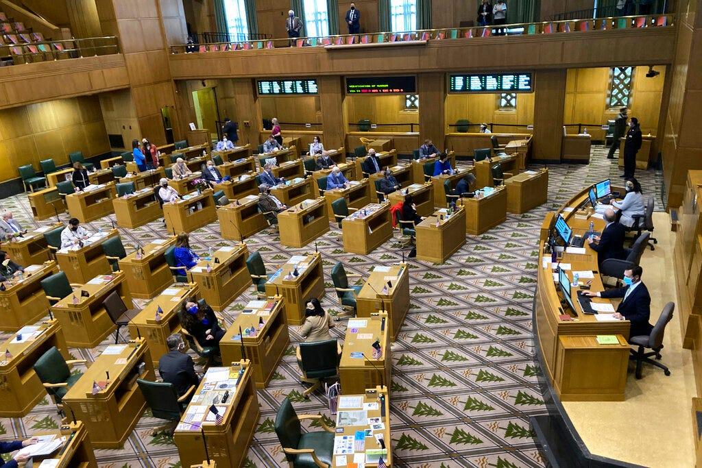 Oregon GOP legislator ousted over state Capitol breach 2