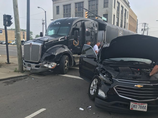 A crash involving a semitrailer and a car temporarily closed Park Avenue West Friday before 8:30 a.m. Mansfield police and fire were on the scene.