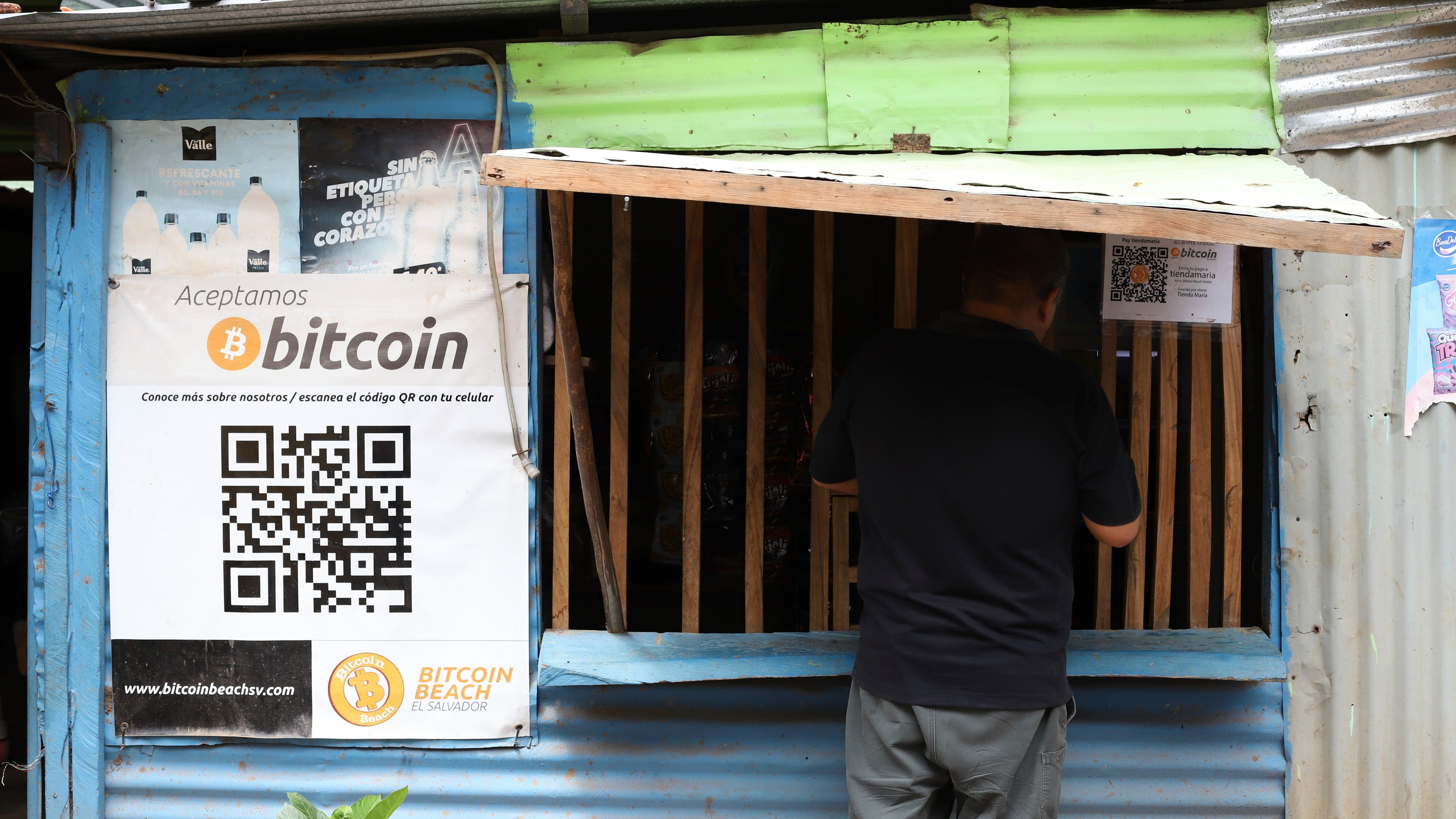 At El Salvador's Bitcoin Beach, a glimpse of crypto economy