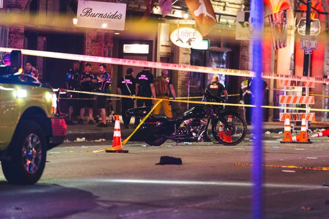 Thirteen people were injured during a shooting that happened in downtown Austin on 6th Street early Saturday morning.