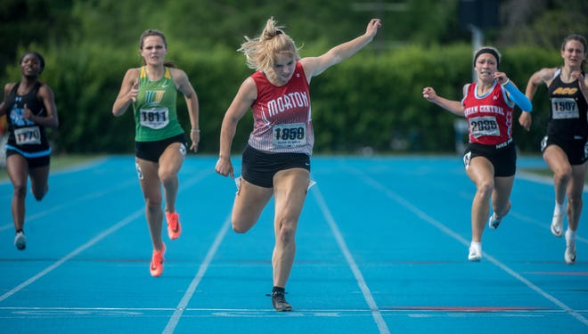 Morton's Lauren Doerr wins the 200-meter dash during the Class 2A girls track and field state finals. Doerr on Thursday was named the state's top female track and field athlete at the Illinois High School Sports Awards.