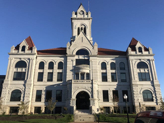 The Cole County Courthouse in Jefferson City. Photo by Tessa Weinberg/The Missouri Independent