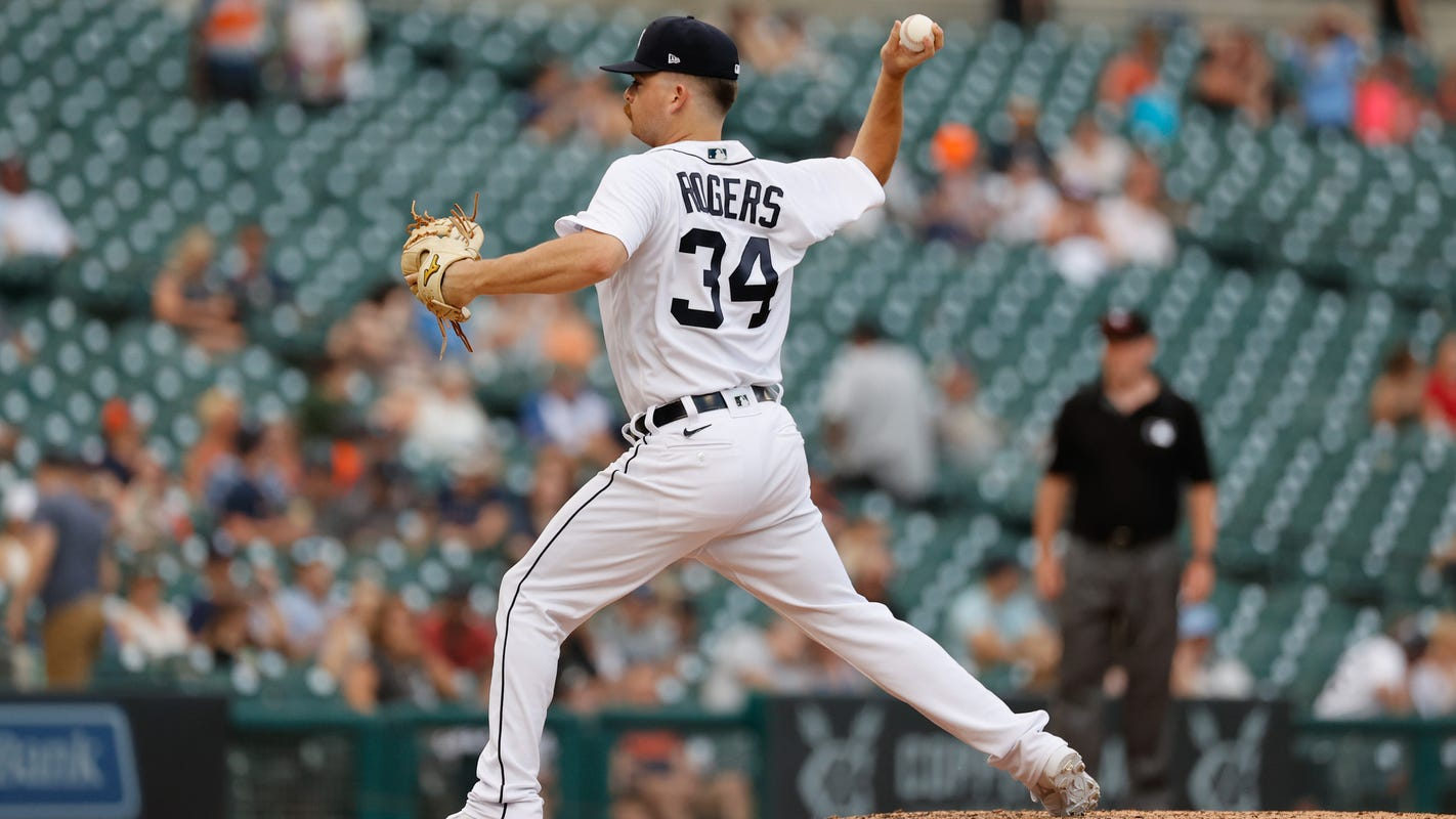 Tigers' Jake Rogers teases AJ Hinch after pitching debut: 'Let me get that ERA down'