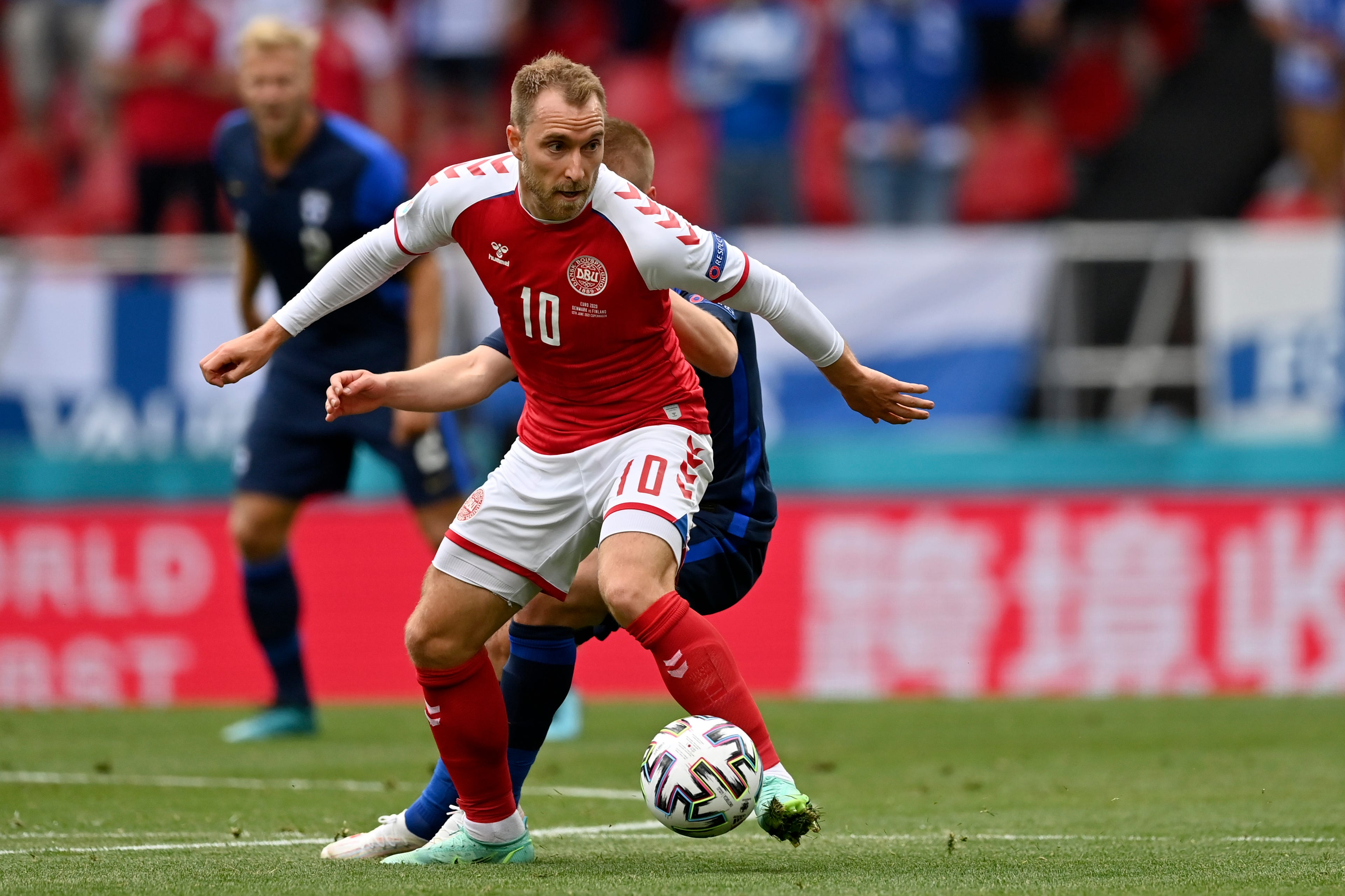 Denmark's Christian Eriksen stable after collapsing in game vs. Finland at Euro 2020