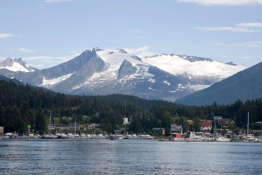 Auke Bay is one of the most photo-worthy places in Alaska.