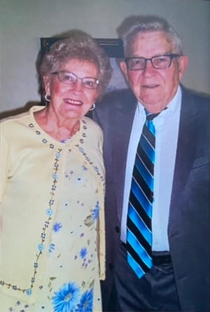Joyce and Marion Hess