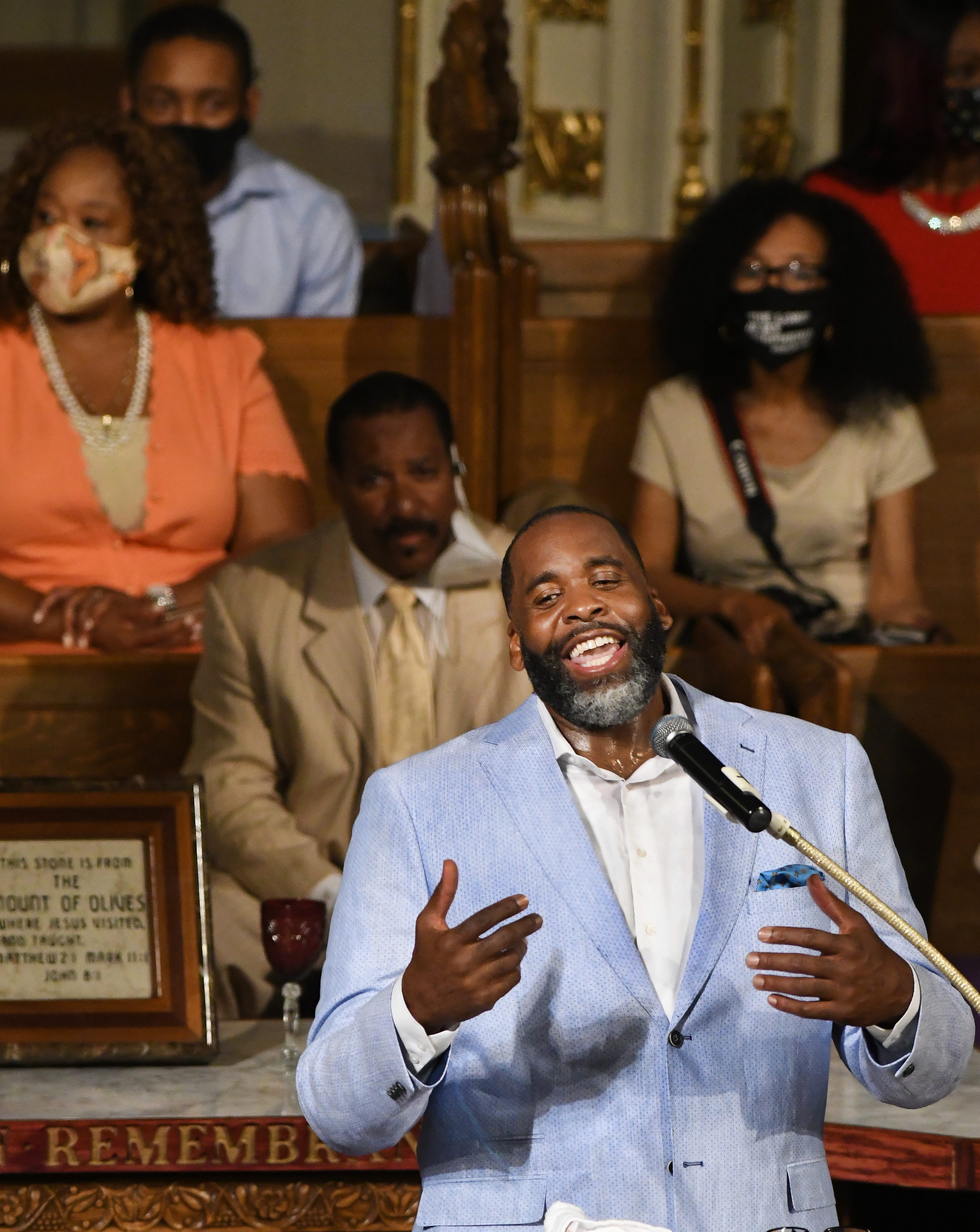 'The one who came back': Ex-Mayor Kwame Kilpatrick returns to Detroit to preach at Historic Little Rock Baptist Church
