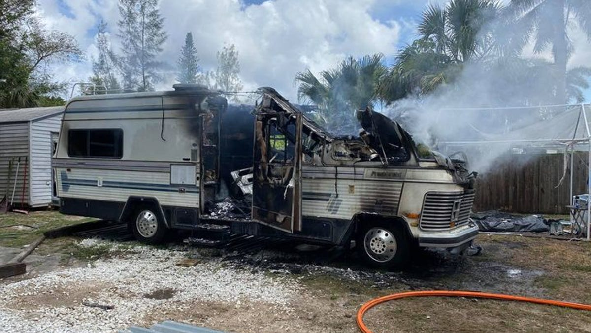 Nearby Matlacha/Pine Island fire station helps keep RV fire from spreading to structures 2