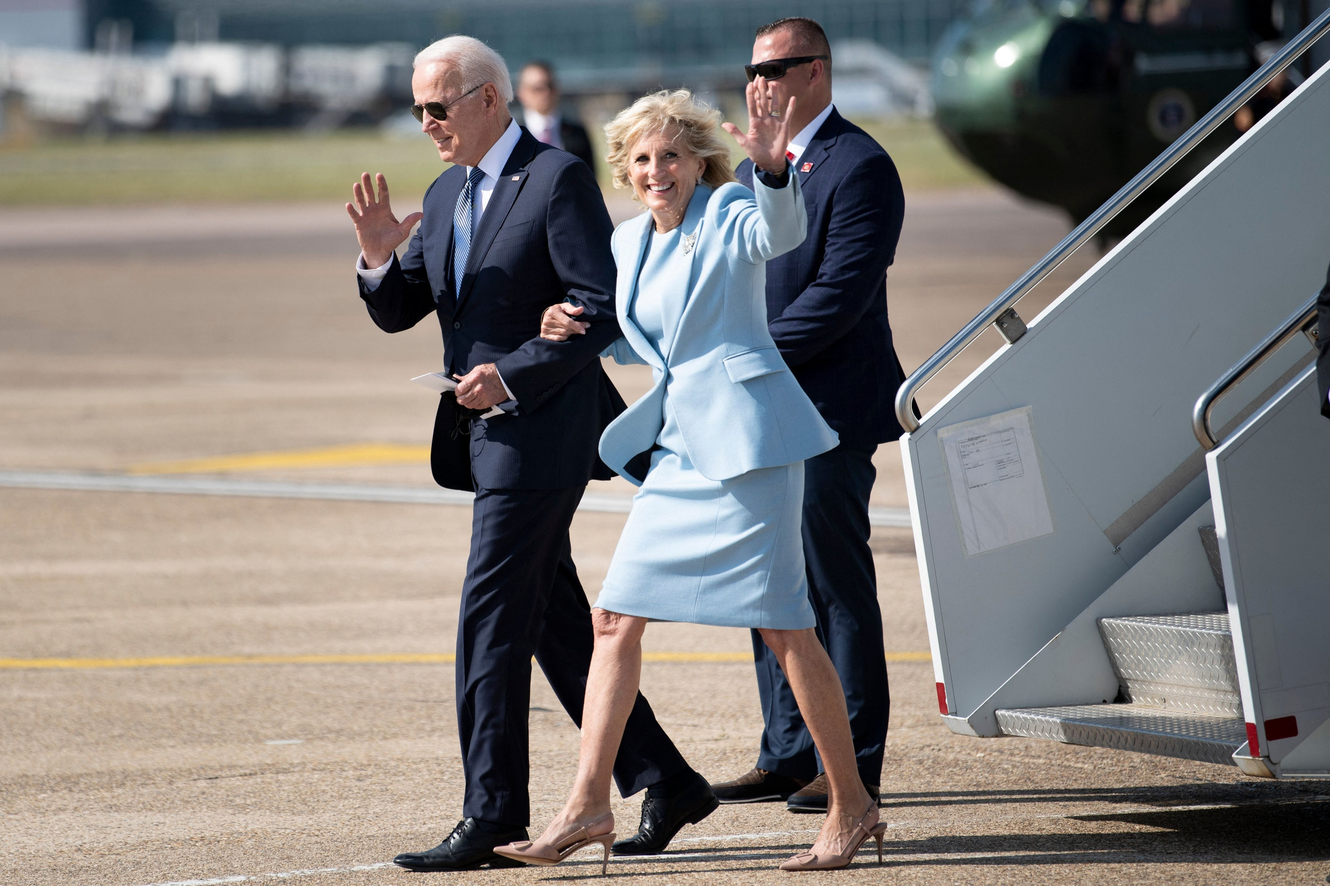 Jill Biden honors husband Joe on Father s Day, sympathizes with those  missing their dads