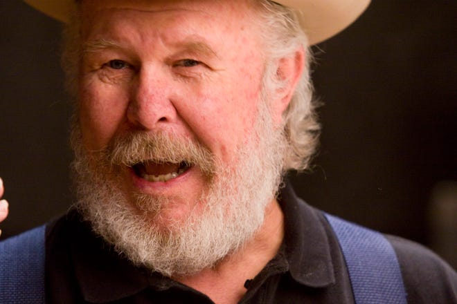 Legendary actor Ned Beatty died early Sunday,in his Los Angeles home, surrounded by his family and loved ones, his manager Deborah Miller said.