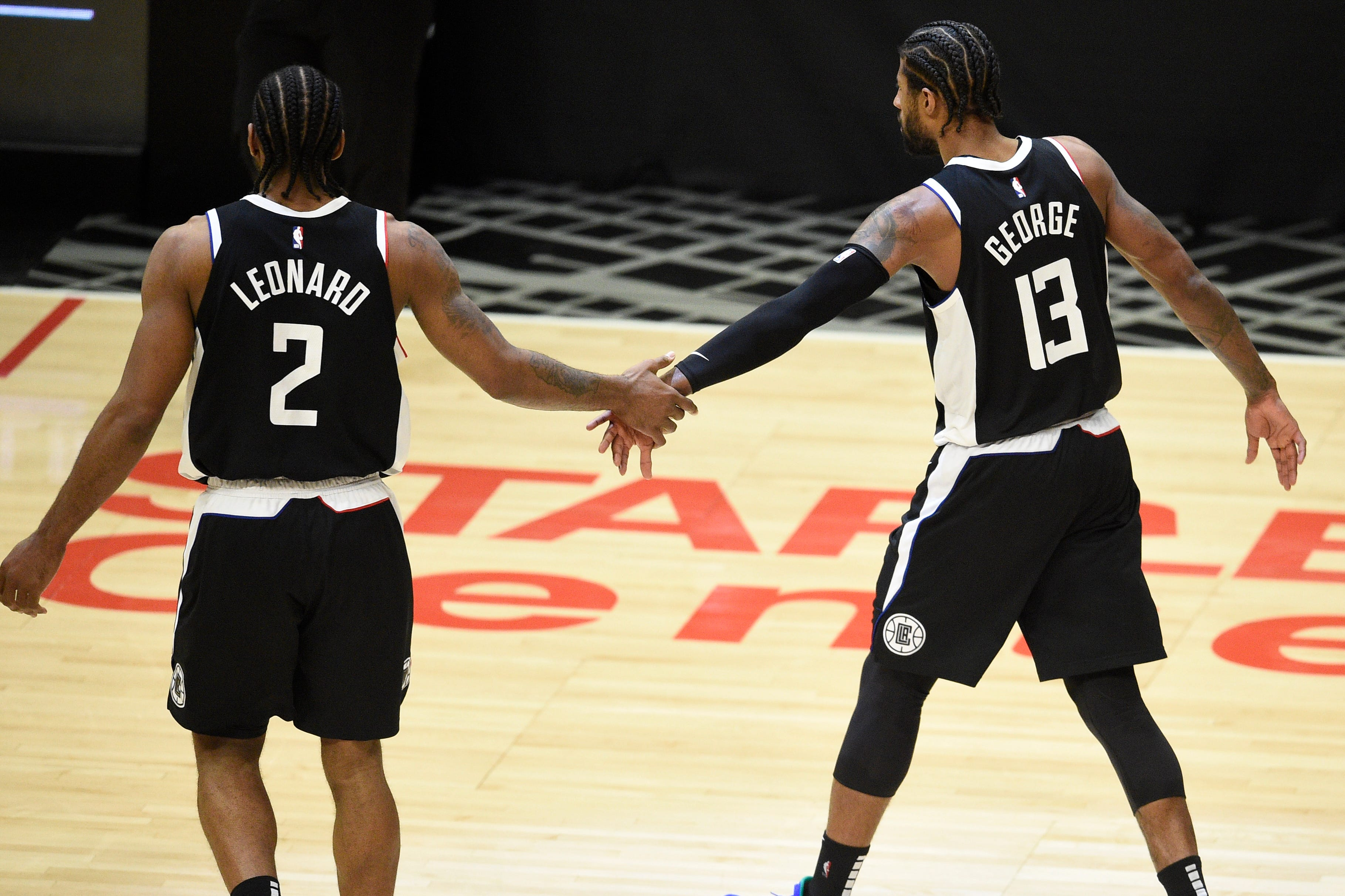 Opinion: Clippers' Kawhi Leonard, Paul George finally show what they can be as a duo in Game 3 vs. Jazz