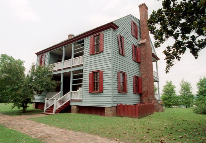 The Ezekiel Harris House was once said to be the site where 13 Patriot prisoners were hanged during the American Revolution.