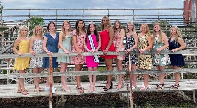 Miss Henry County Fair Contestants Front row – Bradleigh Schaefer, Avery Noble, Rose Henderson, Taylor Burke, Ailynn Duarte, 2019 Miss Henry County Fair- Sierra Brown, Mitrese Smith, Hannah Pratt, Keagan Rico, Katie Noyd, Taylor Warner, Claire McLoone. Missing from the photo are Madison Lindsey and Lanie Marshall.