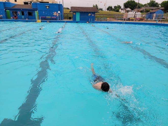Pratt swimmers practice their backstrokes at the Ellis Kinney Pool earlier this month.