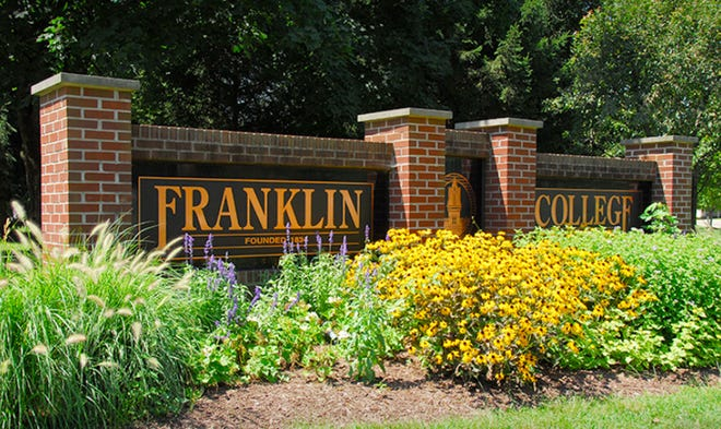 The entrance to Franklin College.