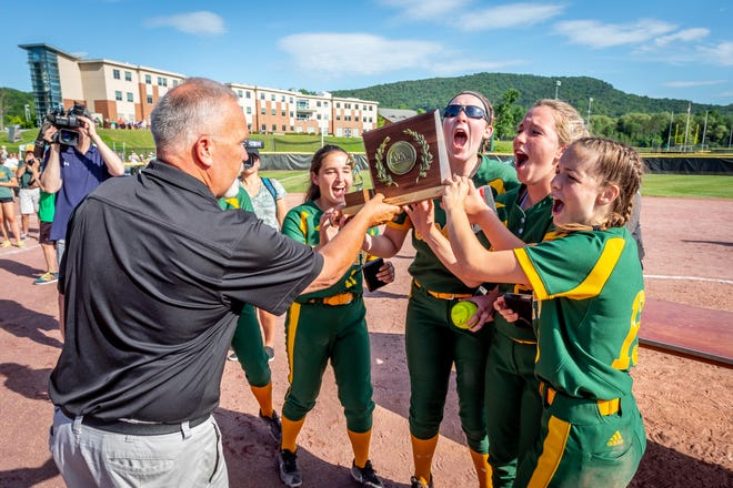BFA-St. Albans celebrates after winning the D-I high school softball title on Sunday.