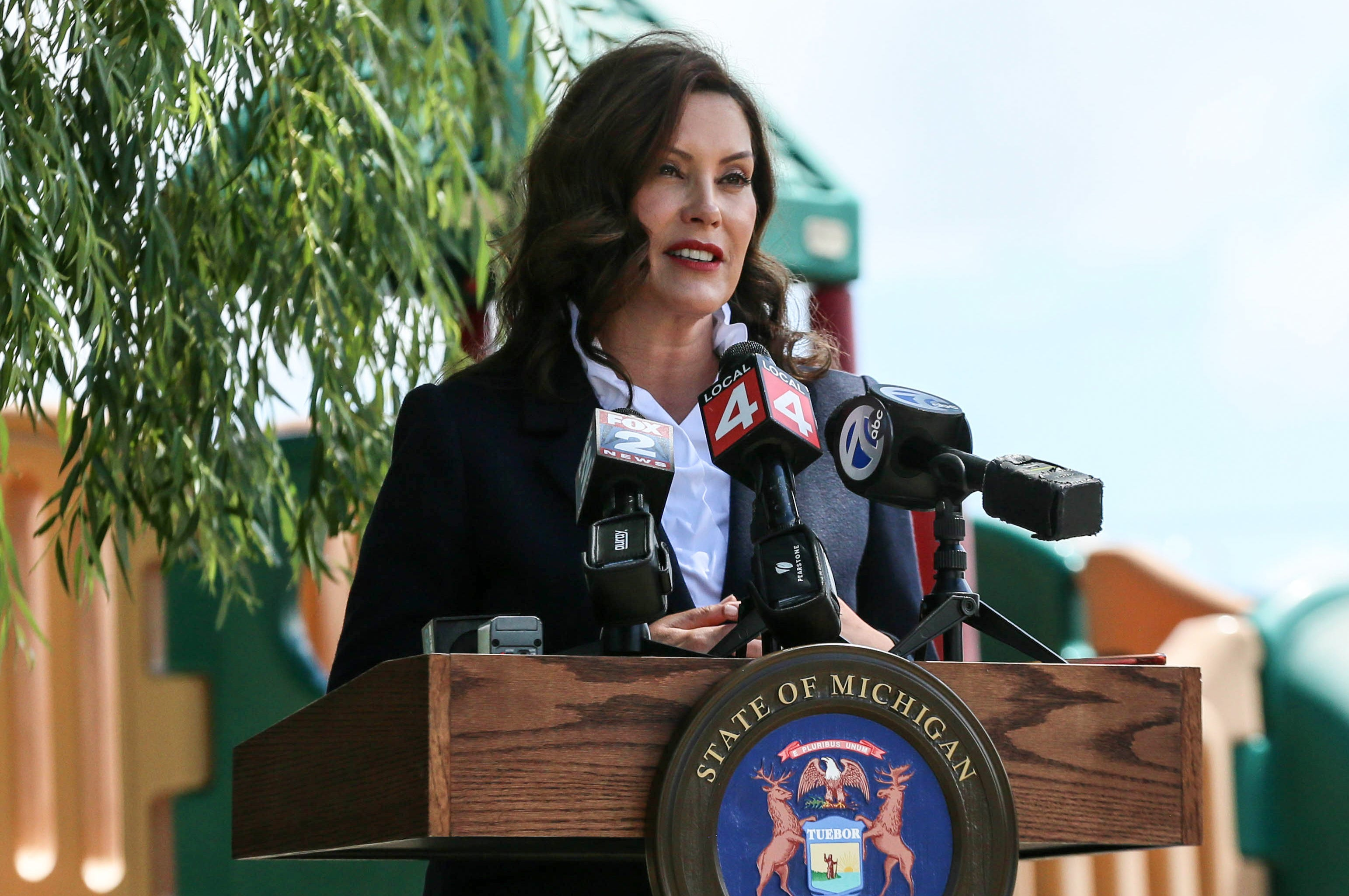 Whitmer reelection campaign blows by donor caps, draws big cash from Hollywood, New York
