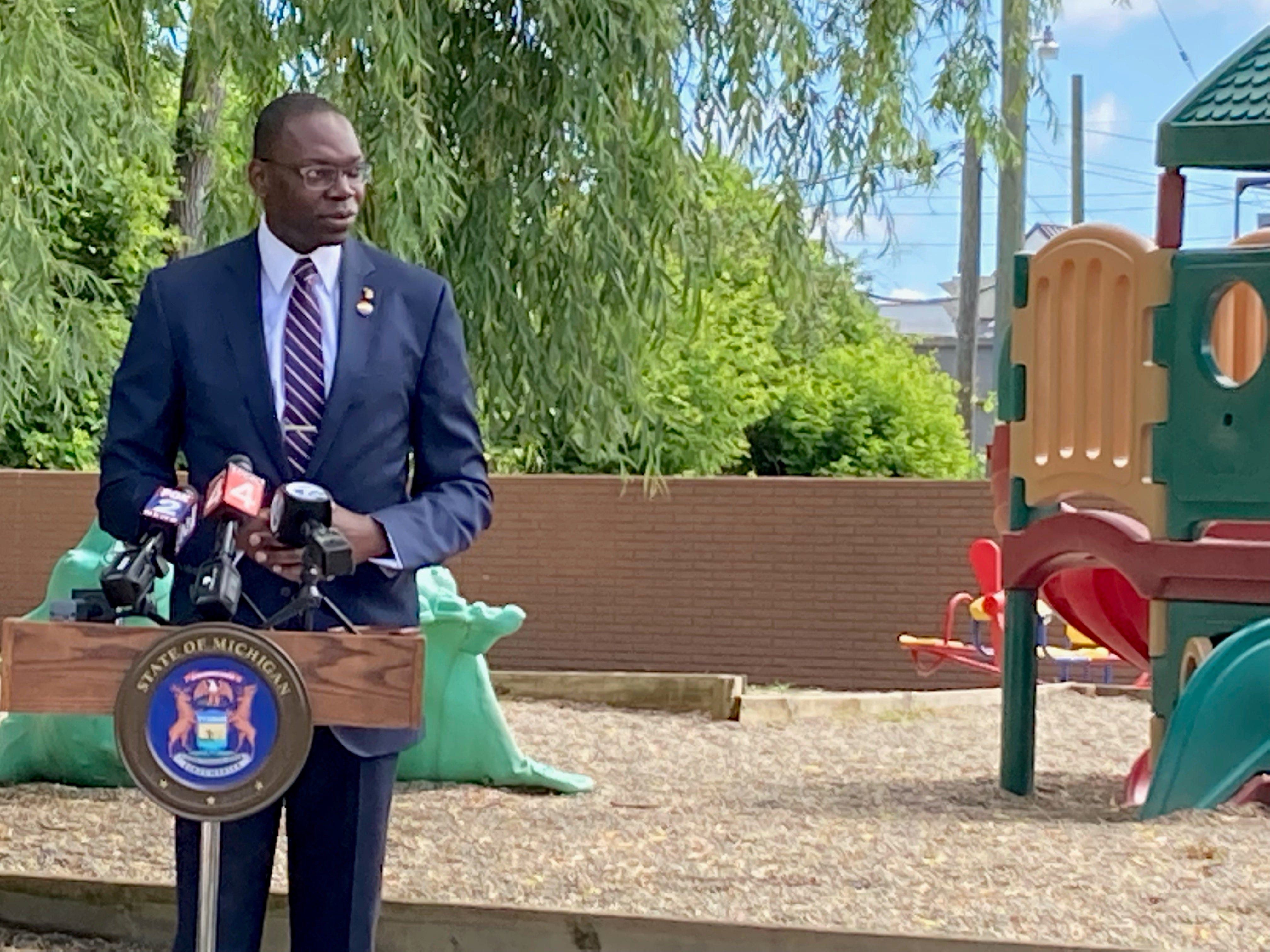 Michigan aims to replace Benton Harbor's lead pipes in 18 months, Gilchrist says