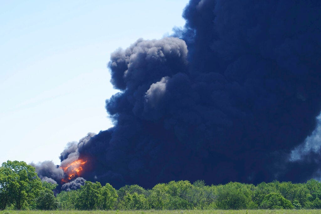 Illinois chemical plant explosion, fires prompt evacuations 2