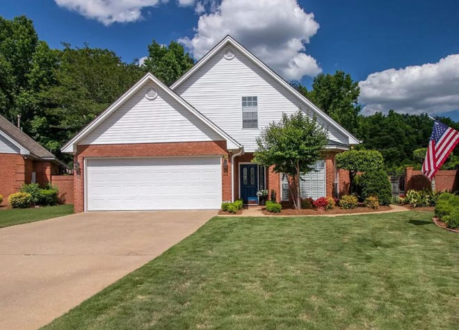 One River Chase house in Wetumpka is for sale for $295,500 and provides four bedrooms and three bathrooms within 2,828 square feet of living space.