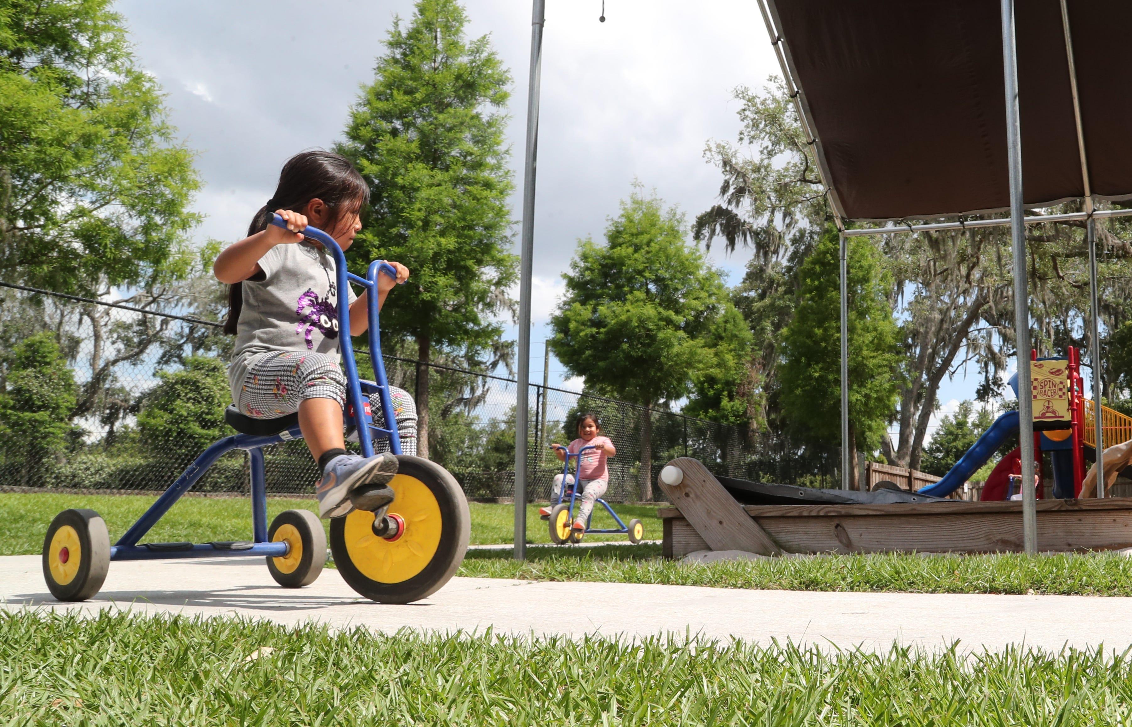 Yulisa and Zaira Hernandez in preschool at a Redlands Christian Migrant Association center in Dover, Florida.