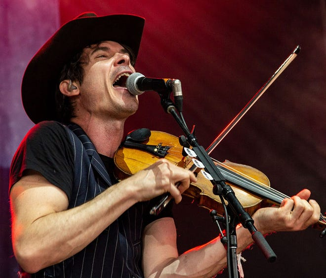 Ketch Secor of Old Crow Medicine Show, which will be performing on Sunday as part of Willie Nelson's Outlaw Tour [ROBERT RAUFFER]