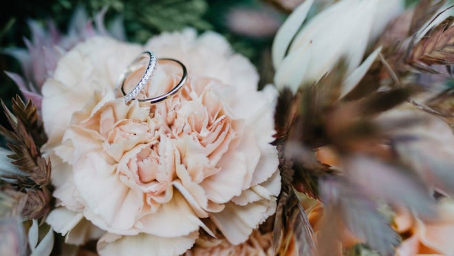 Sign up for the Countdown Club from Columbus Weddings
