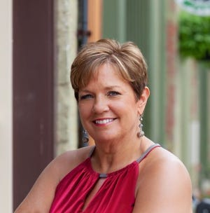 Janis Montalvo is a Tecumseh resident, community volunteer, and owner and associate broker with Living in Lenawee Realty. She also volunteers with many local organizations and is the Pillars Club chair for Lenawee Cares campaign.